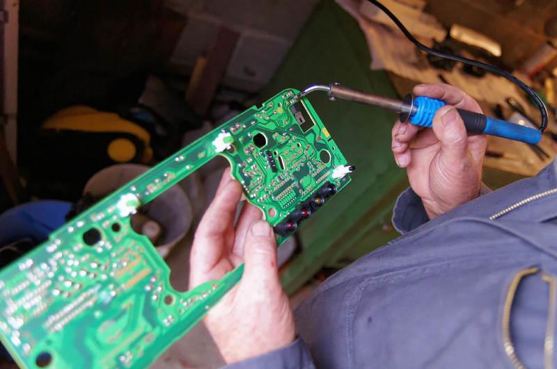 Réparation compteur de vitesse et tableau de   Medip Auto ...